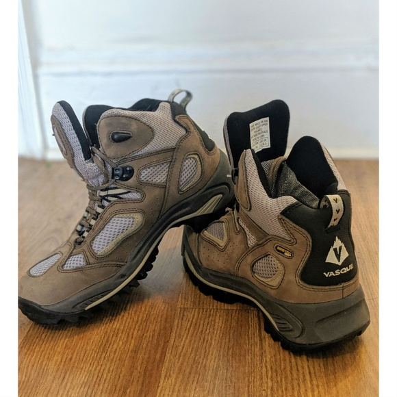 3aea66c8ac3 Women's Vasque Breeze 3.0 Hiking Boots Size 9
